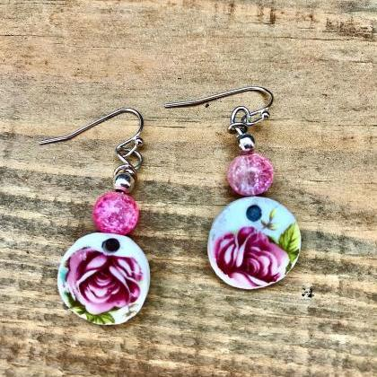 Sweet pink rose & pink glass bead v..
