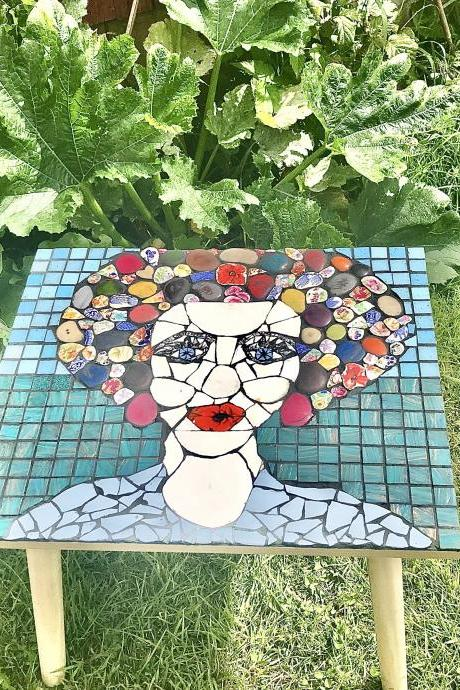 Meet 'Poppy Lips' handcrafted unique piqueassiette mosaic coffee table