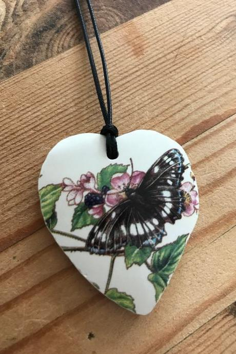 HEART BUTTERFLY CHINA pendant