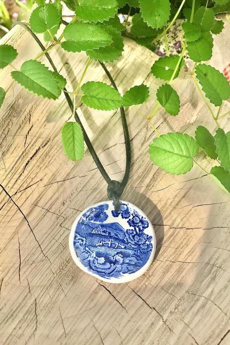 Sweet English countryside blue ViNTAGE CHINA Pendant