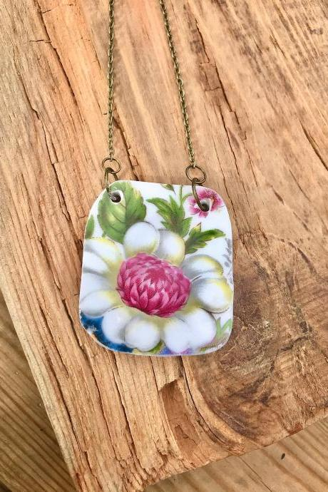 Sweet pink floral ViNTAGE BONE CHINA Pendant