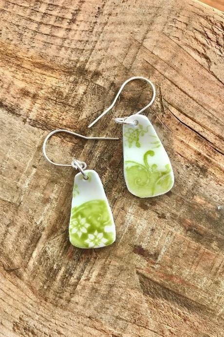 Gorgeous green floral vintage recycled broken China earrings with sterling silver wires.