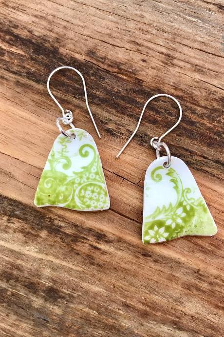 Sweet vintage recycled lime green China floral dangle earrings