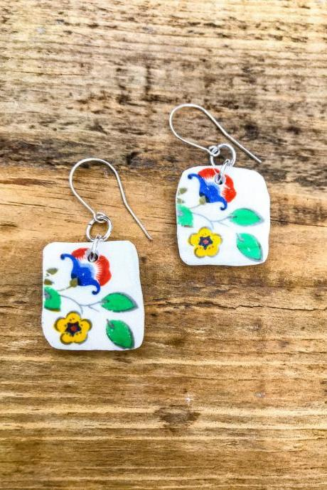 Sweet vintage recycled China floral dangle earrings